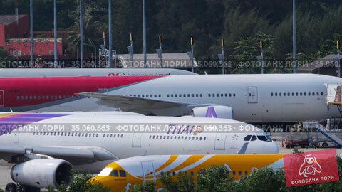 Aircraft Traffic in Phuket airport (2019 год). Редакционное видео, видеограф Игорь Жоров / Фотобанк Лори