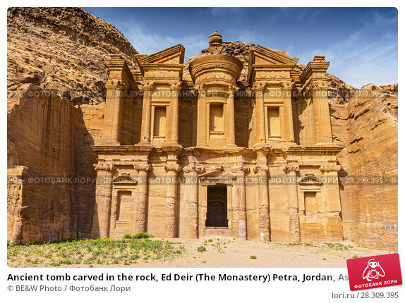 Купить «Ancient tomb carved in the rock, Ed Deir (The Monastery) Petra, Jordan, Asia», фото № 28309395, снято 13 декабря 2018 г. (c) BE&W Photo / Фотобанк Лори