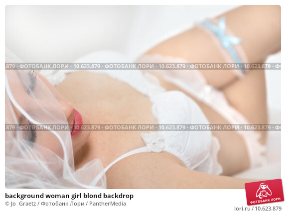 background woman girl blond backdrop. Стоковое фото, фотограф Jo  Graetz / PantherMedia / Фотобанк Лори