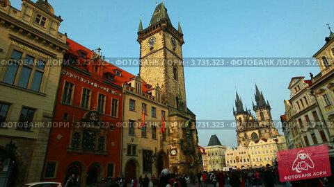 Купить «Башня на центральной площади в Праге», видеоролик № 3731323, снято 8 августа 2012 г. (c) Гурьянов Андрей / Фотобанк Лори