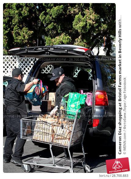 Купить «Cameron Diaz shopping at Bristol Farms market in Beverly Hills with her husband Benji Madden Featuring: Benji Madden Where: Los Angeles, California, United States When: 27 Dec 2016 Credit: WENN.com», фото № 28700883, снято 27 декабря 2016 г. (c) age Fotostock / Фотобанк Лори