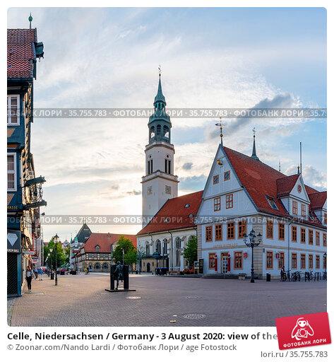 Celle, Niedersachsen / Germany - 3 August 2020: view of the St. Marien... Стоковое фото, фотограф Zoonar.com/Nando Lardi / age Fotostock / Фотобанк Лори