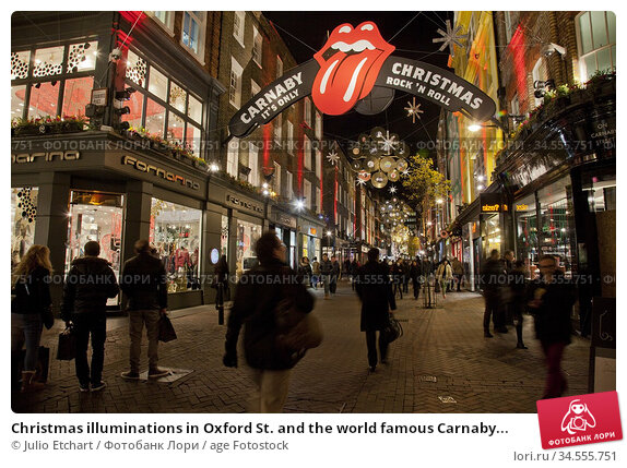 Christmas illuminations in Oxford St. and the world famous Carnaby... Стоковое фото, фотограф Julio Etchart / age Fotostock / Фотобанк Лори