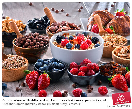 Composition with different sorts of breakfast cereal products and... Стоковое фото, фотограф Zoonar.com/monticello / easy Fotostock / Фотобанк Лори