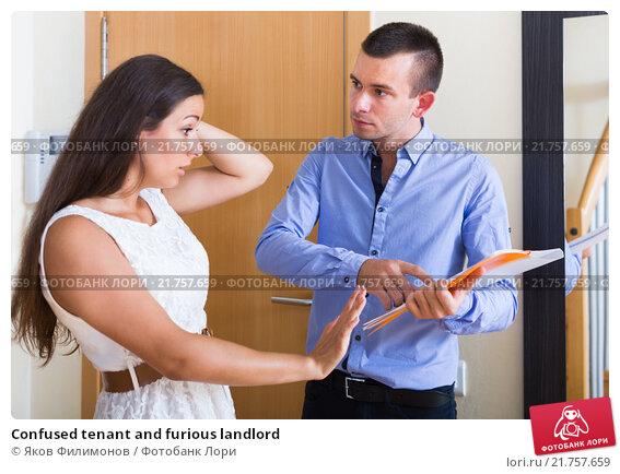Купить «Confused tenant and furious landlord», фото № 21757659, снято 20 марта 2019 г. (c) Яков Филимонов / Фотобанк Лори