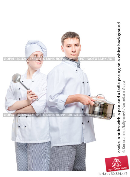 Купить «cooks in suits with a pan and a ladle posing on a white background», фото № 30324447, снято 14 октября 2018 г. (c) Константин Лабунский / Фотобанк Лори