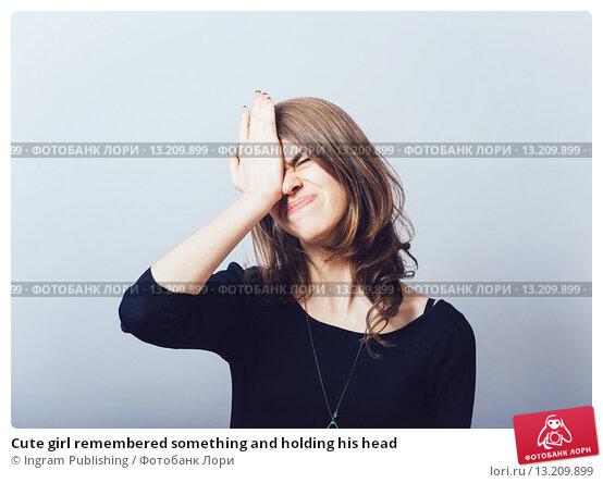 Купить «Cute girl remembered something and holding his head», фото № 13209899, снято 23 апреля 2015 г. (c) Ingram Publishing / Фотобанк Лори
