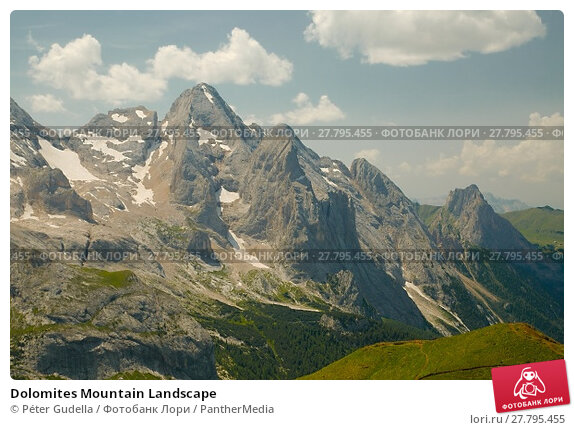 Купить «Dolomites Mountain Landscape», фото № 27795455, снято 18 октября 2018 г. (c) PantherMedia / Фотобанк Лори