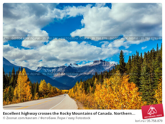 Excellent highway crosses the Rocky Mountains of Canada. Northern... Стоковое фото, фотограф Zoonar.com/kavram / easy Fotostock / Фотобанк Лори