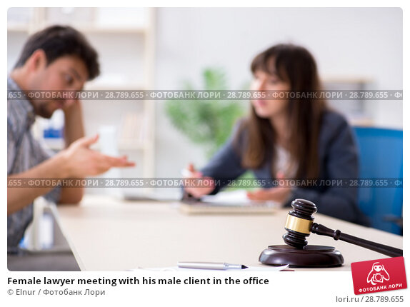 Купить «Female lawyer meeting with his male client in the office», фото № 28789655, снято 25 апреля 2018 г. (c) Elnur / Фотобанк Лори