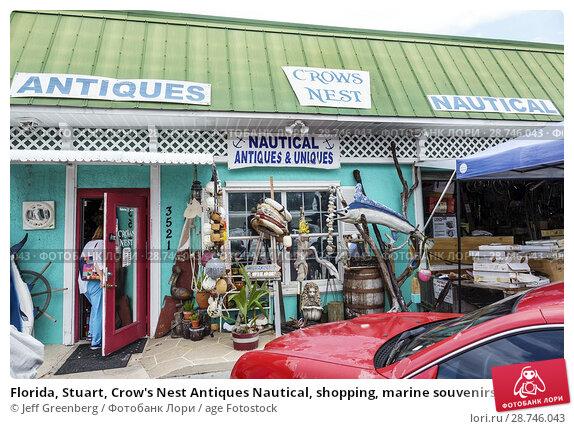 Купить «Florida, Stuart, Crow's Nest Antiques Nautical, shopping, marine souvenirs, store, business, woman, entering,», фото № 28746043, снято 27 сентября 2017 г. (c) age Fotostock / Фотобанк Лори
