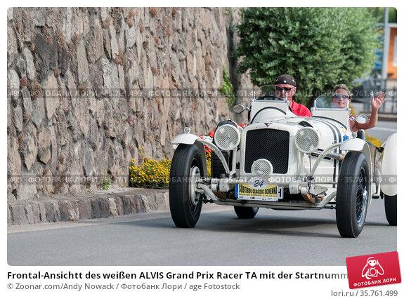 Frontal-Ansichtt des weißen ALVIS Grand Prix Racer TA mit der Startnummer... Стоковое фото, фотограф Zoonar.com/Andy Nowack / age Fotostock / Фотобанк Лори