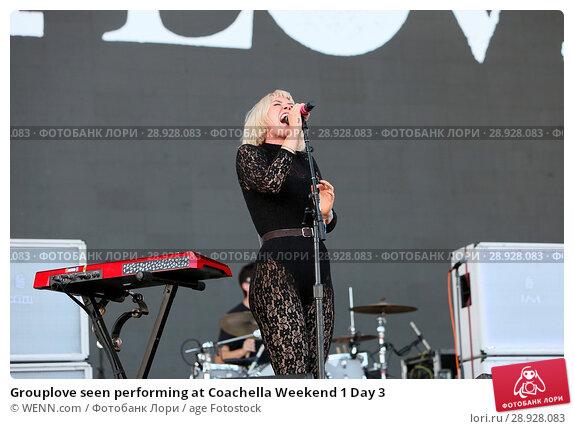 Купить «Grouplove seen performing at Coachella Weekend 1 Day 3 Featuring: Hannah Cooper Where: Indio, California, United States When: 17 Apr 2017 Credit: WENN.com», фото № 28928083, снято 17 апреля 2017 г. (c) age Fotostock / Фотобанк Лори