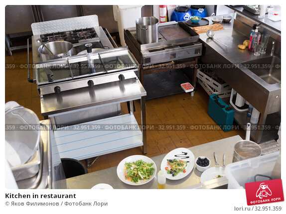 Kitchen in restaurant. Стоковое фото, фотограф Яков Филимонов / Фотобанк Лори