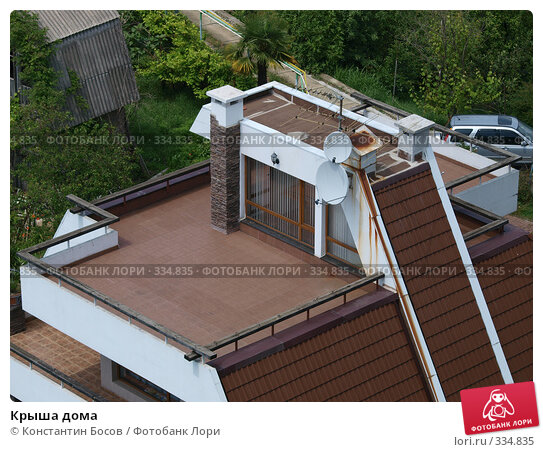 Крыша дома, фото № 334835, снято 26 мая 2017 г. (c) Константин Босов / Фотобанк Лори