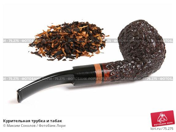 Курительная трубка и табак, фото № 75275, снято 4 июня 2007 г. (c) Максим Соколов / Фотобанк Лори