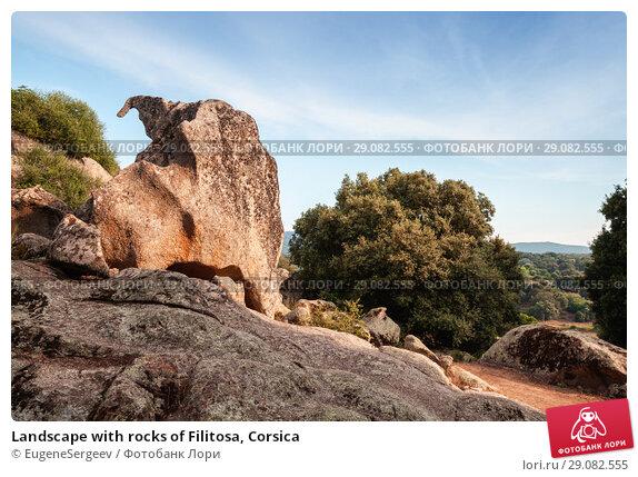 Купить «Landscape with rocks of Filitosa, Corsica», фото № 29082555, снято 20 августа 2018 г. (c) EugeneSergeev / Фотобанк Лори