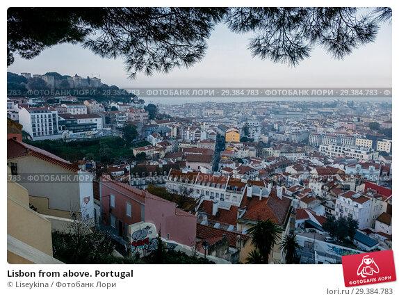 Купить «Lisbon from above. Portugal», фото № 29384783, снято 16 февраля 2018 г. (c) Liseykina / Фотобанк Лори