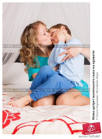 Сыном родным секс с фото мамы