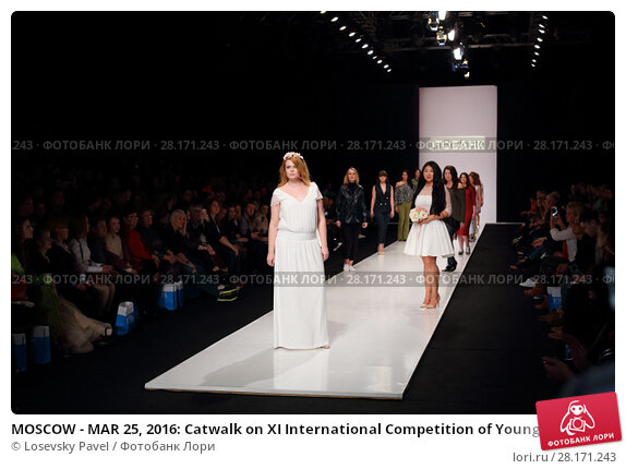 Купить «MOSCOW - MAR 25, 2016: Catwalk on XI International Competition of Young Designers Russian Silhouette in Gostiny Dvor during Fashion Week in Moscow», фото № 28171243, снято 25 марта 2016 г. (c) Losevsky Pavel / Фотобанк Лори