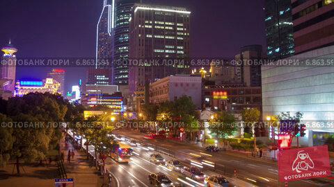 Купить «Ночное движение в Шанхае, таймлапс», видеоролик № 6863591, снято 22 июня 2014 г. (c) Кирилл Трифонов / Фотобанк Лори