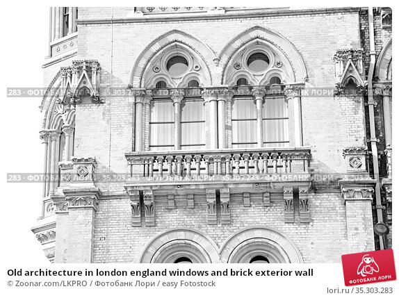 Old architecture in london england windows and brick exterior wall. Стоковое фото, фотограф Zoonar.com/LKPRO / easy Fotostock / Фотобанк Лори