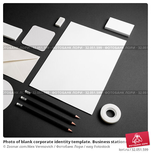 Photo of blank corporate identity template. Business stationery mock-up on black paper background. Стоковое фото, фотограф Zoonar.com/Alex Veresovich / easy Fotostock / Фотобанк Лори