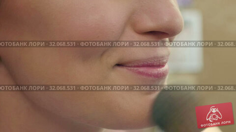 Portrait of smiling blonde woman on visage session in professional salon. Стоковое видео, видеограф Vasily Alexandrovich Gronskiy / Фотобанк Лори