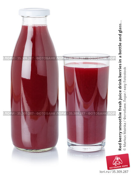 Red berry smoothie fresh juice drink berries in a bottle and glass... Стоковое фото, фотограф Markus Mainka / easy Fotostock / Фотобанк Лори