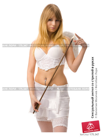 Сексуальный ангел со стрелой в руках, фото № 175347, снято 12 января 2008 г. (c) Валентин Мосичев / Фотобанк Лори
