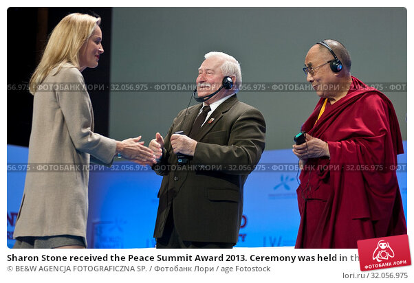 Sharon Stone received the Peace Summit Award 2013. Ceremony was held in the National Opera in Warsaw on October 23rd. 13th World Summit of Nobel Peace... Редакционное фото, фотограф BE&W AGENCJA FOTOGRAFICZNA SP. / age Fotostock / Фотобанк Лори