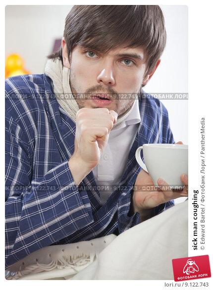 Купить «sick man coughing», фото № 9122743, снято 15 октября 2018 г. (c) PantherMedia / Фотобанк Лори