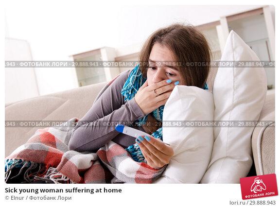 Купить «Sick young woman suffering at home», фото № 29888943, снято 30 октября 2018 г. (c) Elnur / Фотобанк Лори