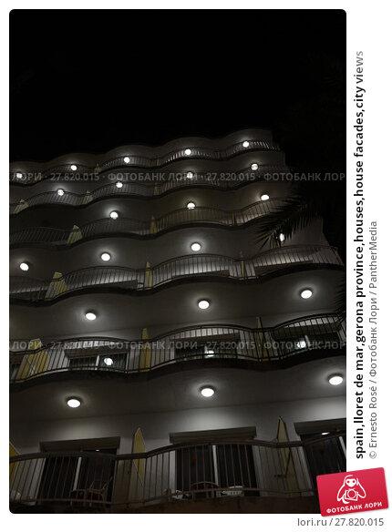Купить «spain,lloret de mar,gerona province,houses,house facades,city views», фото № 27820015, снято 21 октября 2018 г. (c) PantherMedia / Фотобанк Лори
