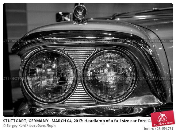 "Купить «STUTTGART, GERMANY - MARCH 04, 2017: Headlamp of a full-size car Ford Galaxie Skyliner, 1959. Europe's greatest classic car exhibition ""RETRO CLASSICS""», фото № 26454751, снято 4 марта 2017 г. (c) Sergey Kohl / Фотобанк Лори"
