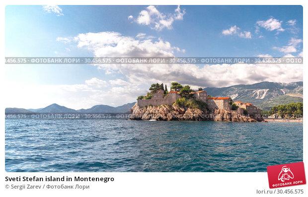 Sveti Stefan island in Montenegro (2018 год). Стоковое фото, фотограф Sergii Zarev / Фотобанк Лори
