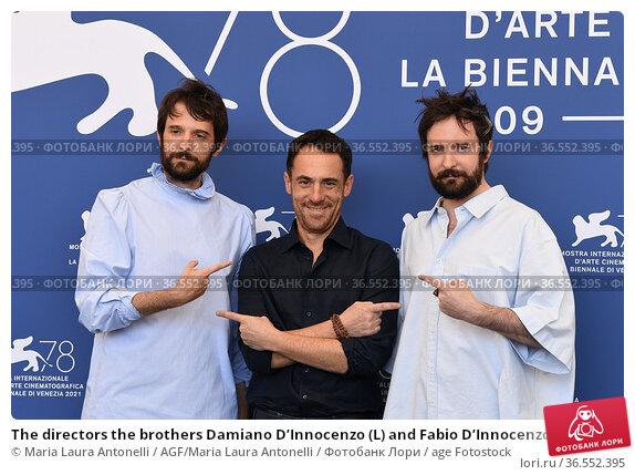 The directors the brothers Damiano D'Innocenzo (L) and Fabio D'Innocenzo... Редакционное фото, фотограф Maria Laura Antonelli / AGF/Maria Laura Antonelli / age Fotostock / Фотобанк Лори