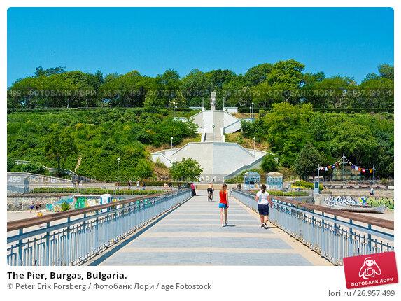 Купить «The Pier, Burgas, Bulgaria.», фото № 26957499, снято 23 июня 2017 г. (c) age Fotostock / Фотобанк Лори