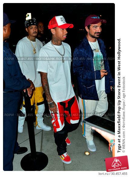 Tyga at a Maxxfield Pop Up Store Event in West Hollywood. (2017 год). Редакционное фото, фотограф WENN.com / age Fotostock / Фотобанк Лори