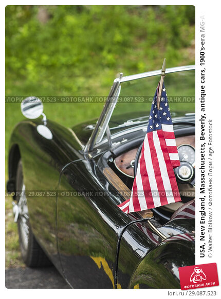 Купить «USA, New England, Massachusetts, Beverly, antique cars, 1960's-era MG-A sportscar.», фото № 29087523, снято 22 июля 2017 г. (c) age Fotostock / Фотобанк Лори