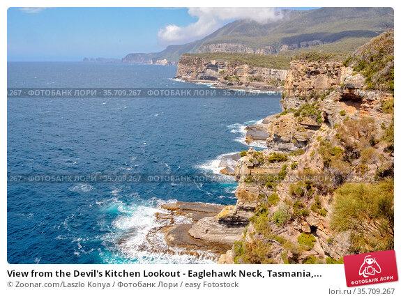 View from the Devil's Kitchen Lookout - Eaglehawk Neck, Tasmania,... Стоковое фото, фотограф Zoonar.com/Laszlo Konya / easy Fotostock / Фотобанк Лори