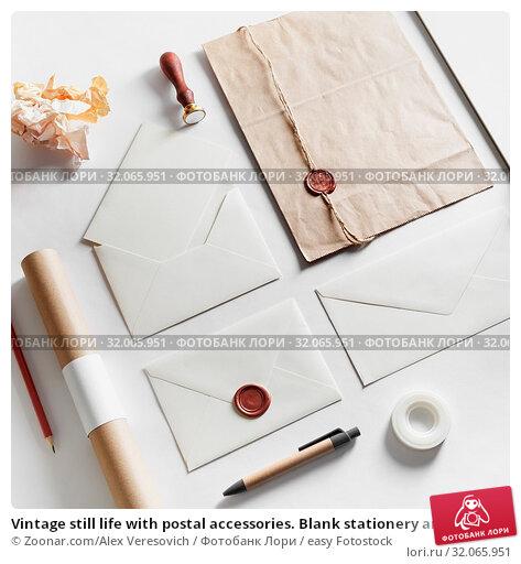 Купить «Vintage still life with postal accessories. Blank stationery and envelopes on paper background. Responsive design mockup.», фото № 32065951, снято 15 июня 2020 г. (c) easy Fotostock / Фотобанк Лори