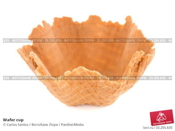 Купить «Wafer cup», фото № 33255835, снято 5 июля 2020 г. (c) PantherMedia / Фотобанк Лори