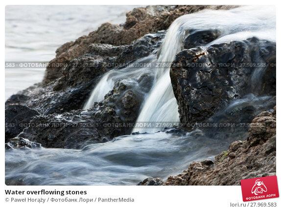 Купить «Water overflowing stones», фото № 27969583, снято 20 марта 2019 г. (c) PantherMedia / Фотобанк Лори