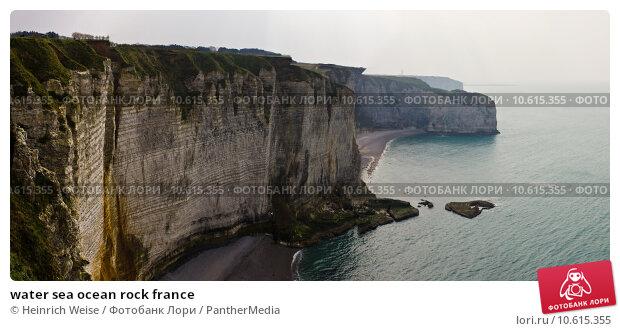 water sea ocean rock france. Стоковое фото, фотограф Heinrich Weise / PantherMedia / Фотобанк Лори