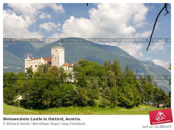 Weissenstein Castle in Osttirol, Austria. Стоковое фото, фотограф Richard Semik / easy Fotostock / Фотобанк Лори